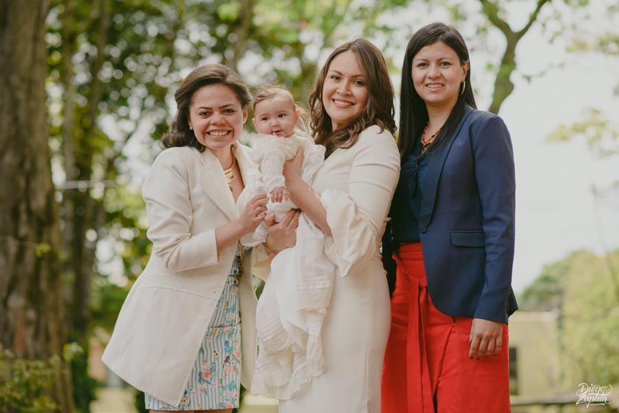 Fotografo Bautizo Bogota, Fotografo Bogota, Fotografo Familiar Bogota, Emma
